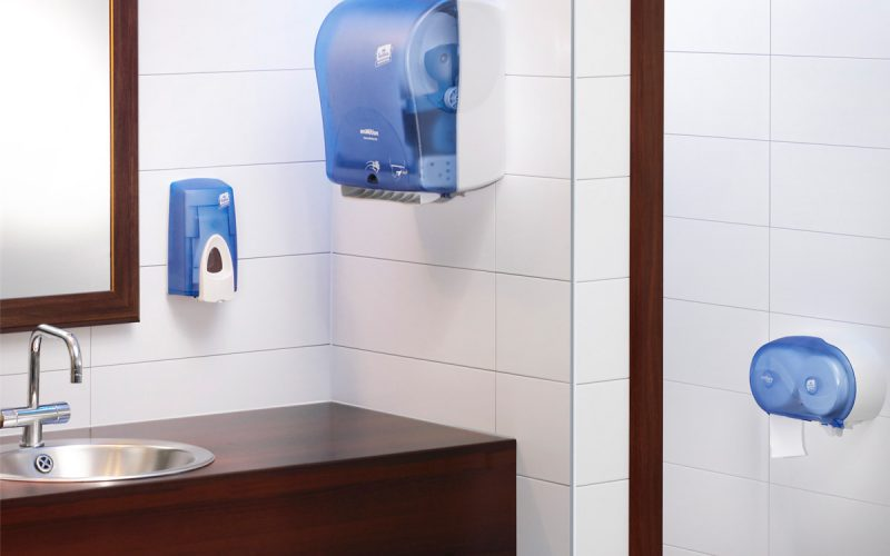 Paper Towels Vs Hand Dryers: What's Better For Business?