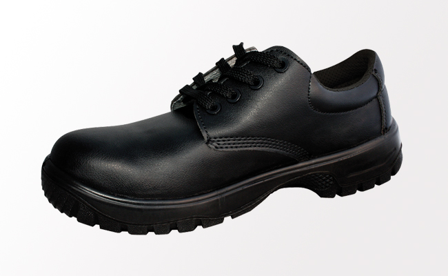 c23aa06e1e6 Comfort Grip Black Safety Shoes | Safety Work Shoes | Pattersons